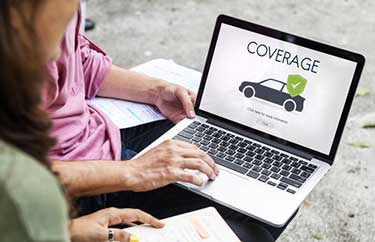 What is the average car insurance cost Ontario?